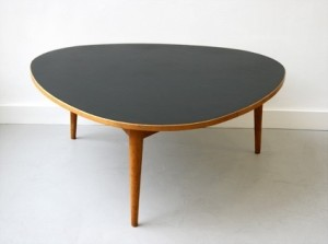 mesa 3 patas